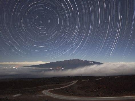 star-trails-above-mauna-kea11